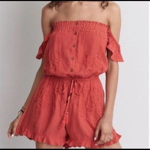 American Eagle Off Shoulder Romper Crochet Details